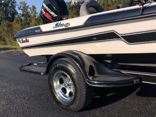2017 Bass Cat Boats boat for sale, model of the boat is Sabre FTD & Image # 11 of 18