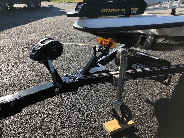 2017 Bass Cat Boats boat for sale, model of the boat is Sabre FTD & Image # 16 of 18