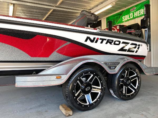 2021 Nitro boat for sale, model of the boat is Z21 & Image # 2 of 6