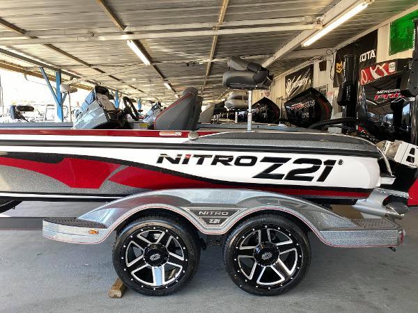2021 Nitro boat for sale, model of the boat is Z21 & Image # 1 of 6