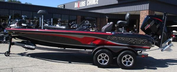 2021 Nitro boat for sale, model of the boat is Z20 Pro & Image # 1 of 8