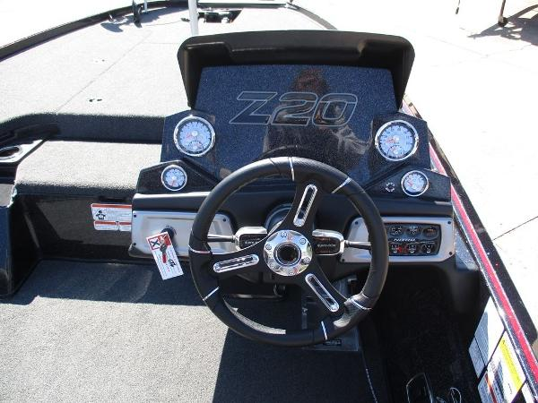 2021 Nitro boat for sale, model of the boat is Z20 Pro & Image # 3 of 8