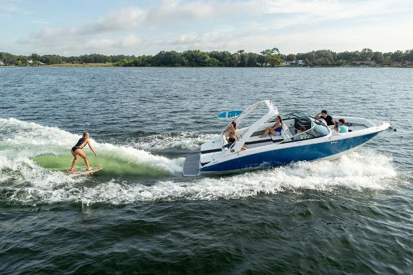 2022 Regal boat for sale, model of the boat is LS6 Surf & Image # 1 of 1