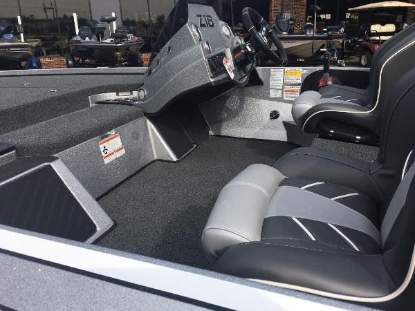 2021 Nitro boat for sale, model of the boat is Z18 Pro & Image # 9 of 10