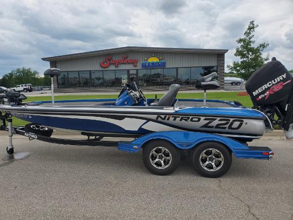 2016 Nitro boat for sale, model of the boat is Z20 Z-Pro High Performance & Image # 1 of 13