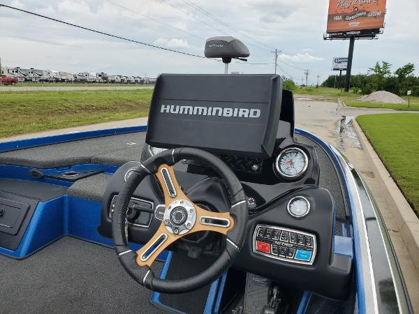 2016 Nitro boat for sale, model of the boat is Z20 Z-Pro High Performance & Image # 8 of 13