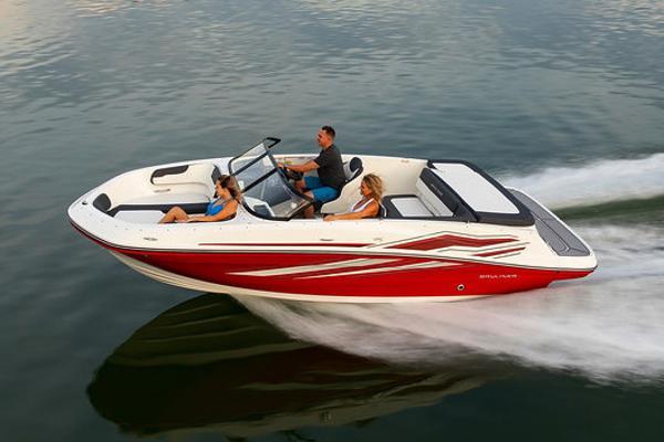 2022 Bayliner boat for sale, model of the boat is VR5 Bowrider I/O & Image # 8 of 24