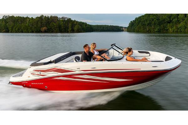 2022 Bayliner boat for sale, model of the boat is VR5 Bowrider I/O & Image # 10 of 24