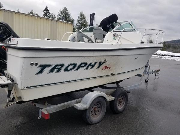 2011 Trophy boat for sale, model of the boat is 22' WA & Image # 1 of 11
