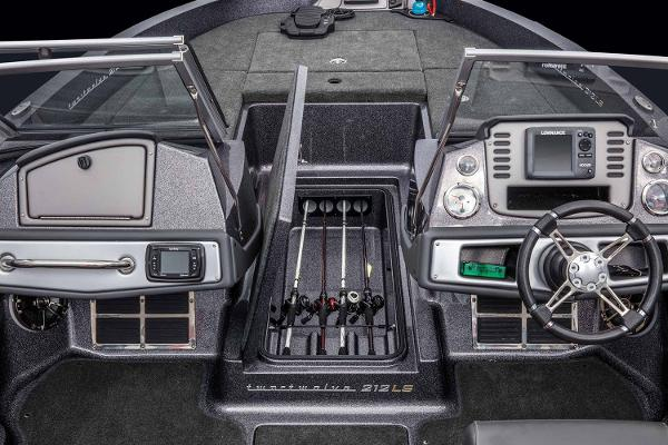2021 Ranger Boats boat for sale, model of the boat is 212LS & Image # 11 of 19