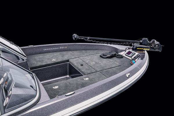 2021 Ranger Boats boat for sale, model of the boat is 212LS & Image # 5 of 19