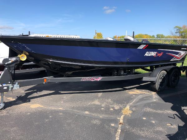 2020 Alumacraft boat for sale, model of the boat is Competitor 205 & Image # 18 of 32