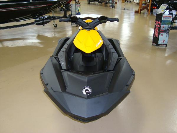 2021 Sea Doo PWC boat for sale, model of the boat is Spark 2up & Image # 2 of 6