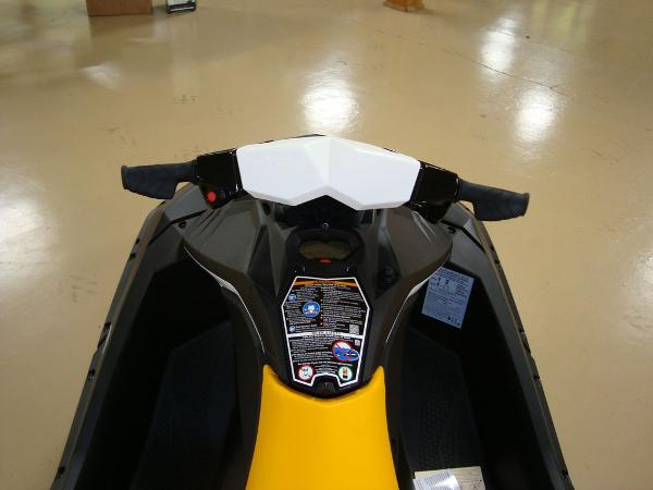 2021 Sea Doo PWC boat for sale, model of the boat is Spark 2up & Image # 4 of 6