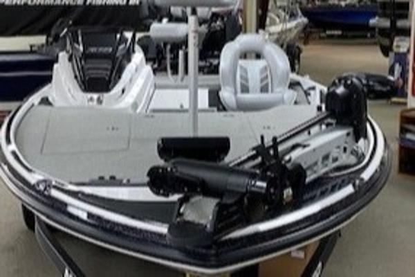 2021 Nitro boat for sale, model of the boat is Z18 & Image # 9 of 43