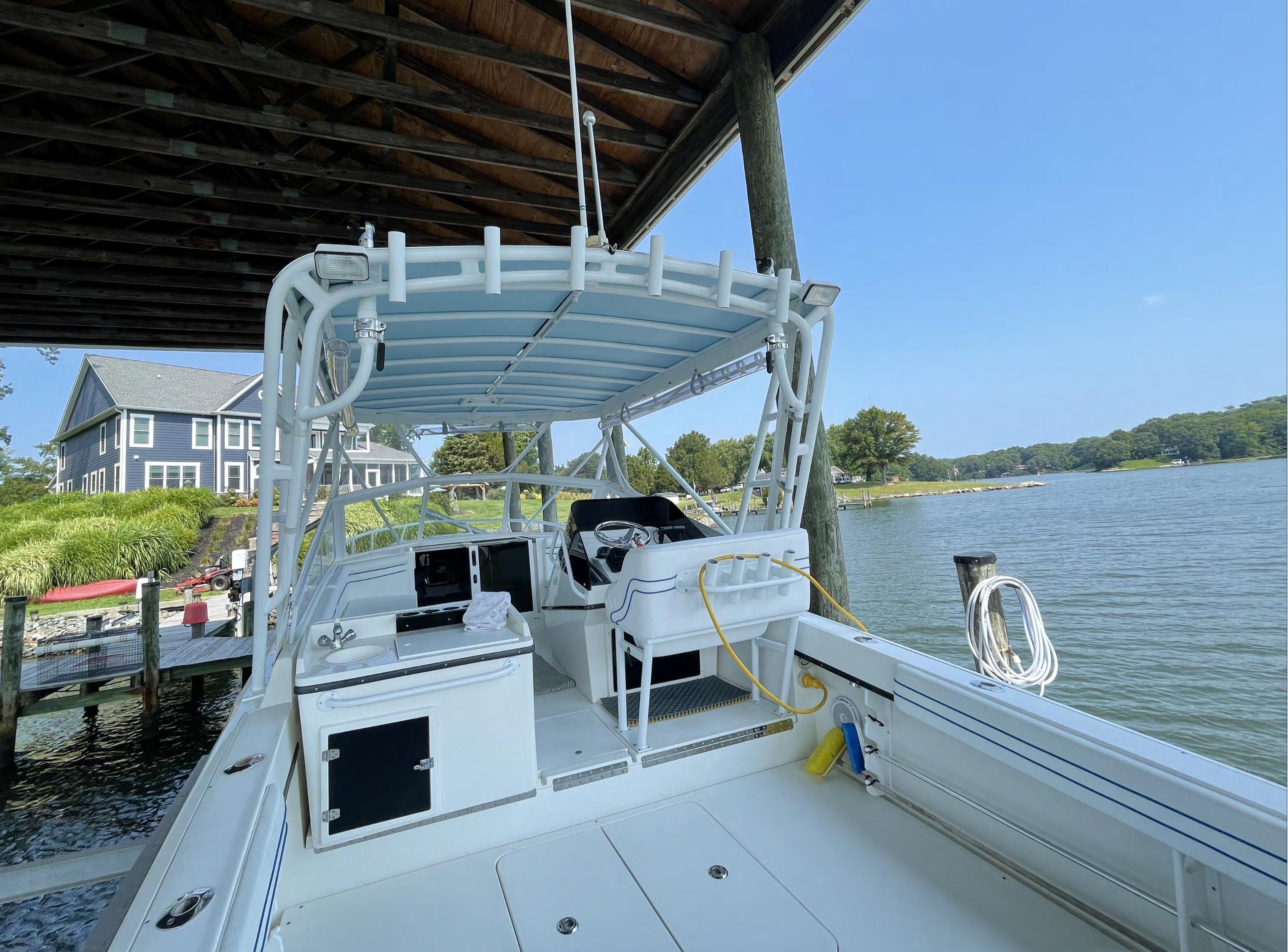 M 6420 BW Knot 10 Yacht Sales
