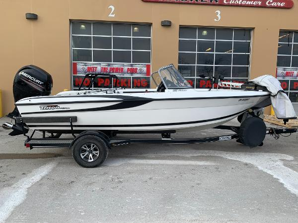 2013 Triton boat for sale, model of the boat is 186 Fishhunter & Image # 1 of 5
