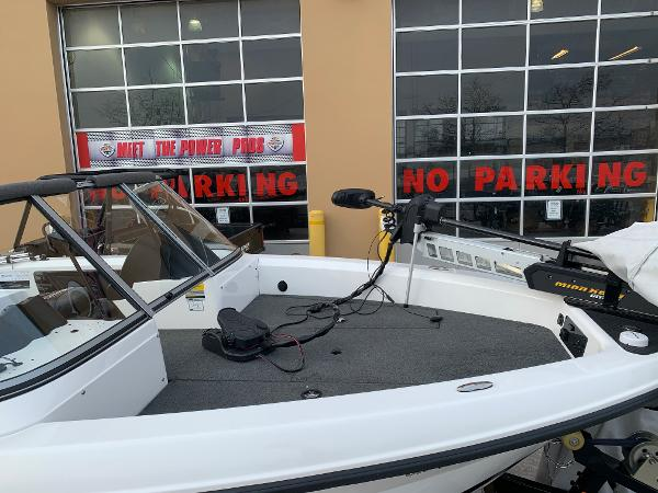 2013 Triton boat for sale, model of the boat is 186 Fishhunter & Image # 3 of 5