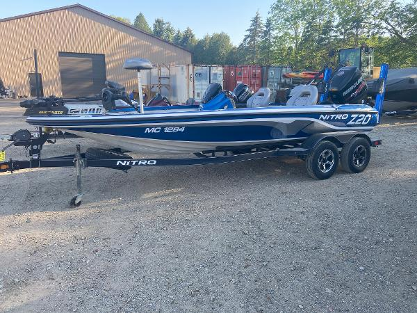2017 Nitro boat for sale, model of the boat is Z20 & Image # 1 of 20