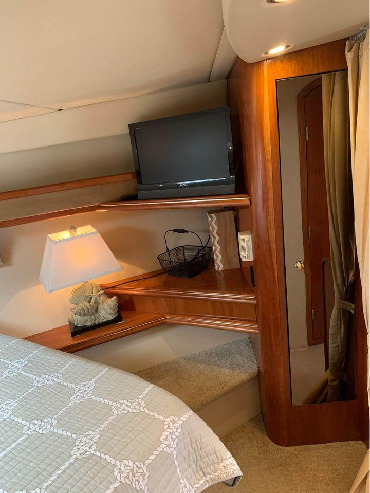 NY 6424 SF Knot 10 Yacht Sales