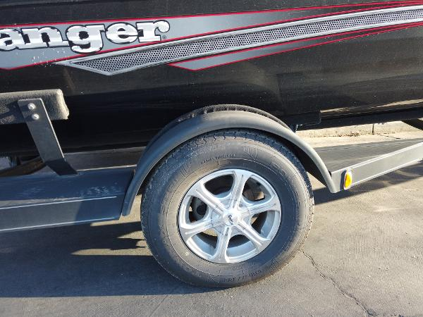 2017 Ranger Boats boat for sale, model of the boat is RT198P & Image # 2 of 10