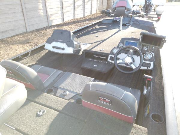 2017 Ranger Boats boat for sale, model of the boat is RT198P & Image # 10 of 10