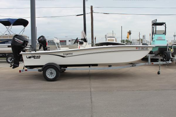 2021 Mako boat for sale, model of the boat is Pro Skiff 17 CC & Image # 1 of 16