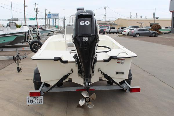 2021 Mako boat for sale, model of the boat is Pro Skiff 17 CC & Image # 5 of 16