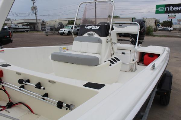 2021 Mako boat for sale, model of the boat is Pro Skiff 17 CC & Image # 13 of 16