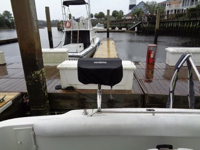 Sea Ray 400 Sedan Bridge - Grill!
