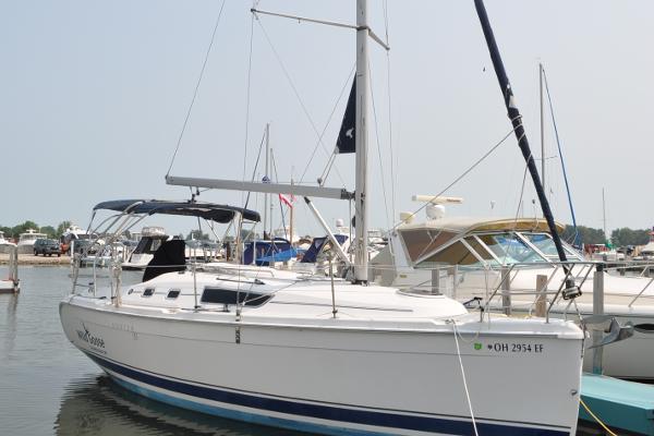 2006 HUNTER Sail 31