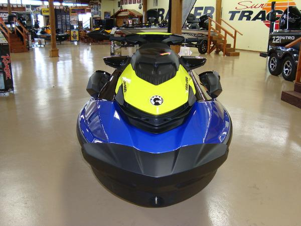 2021 Sea Doo PWC boat for sale, model of the boat is WAKE 170 W/S & Image # 5 of 9