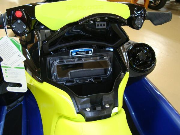 2021 Sea Doo PWC boat for sale, model of the boat is WAKE 170 W/S & Image # 6 of 9