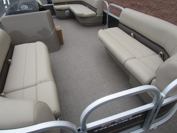 2021 Sun Tracker boat for sale, model of the boat is Party Barge 18 DLX & Image # 10 of 29