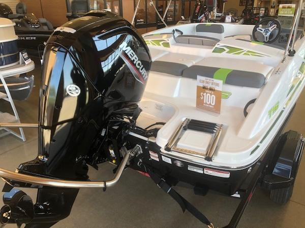 2022 Tahoe boat for sale, model of the boat is T16 & Image # 3 of 5