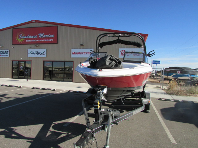 2019 Regal boat for sale, model of the boat is 1900 Surf & Image # 12 of 26
