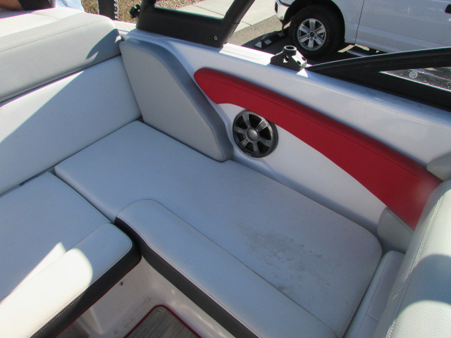 2019 Regal boat for sale, model of the boat is 1900 Surf & Image # 22 of 26