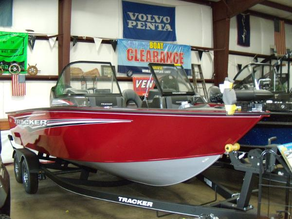 2021 Tracker Boats boat for sale, model of the boat is Targa V-18 Combo & Image # 1 of 72