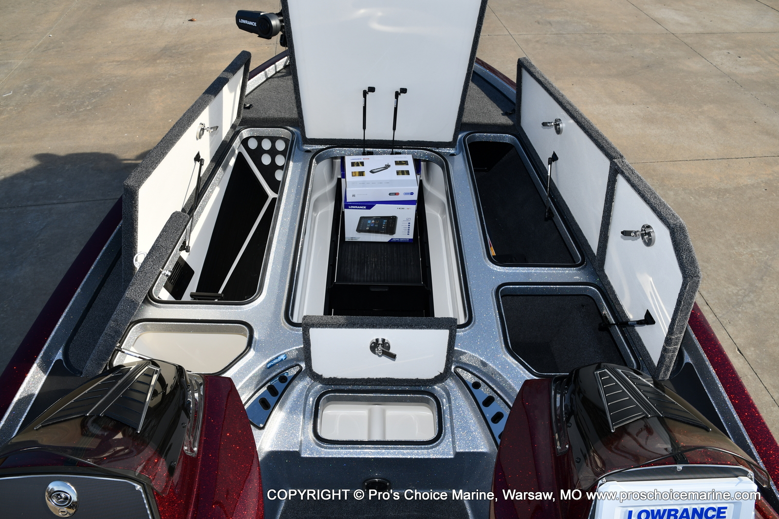 2021 Ranger Boats boat for sale, model of the boat is Z521C Ranger Cup Equipped DUAL CONSOLE & Image # 27 of 50