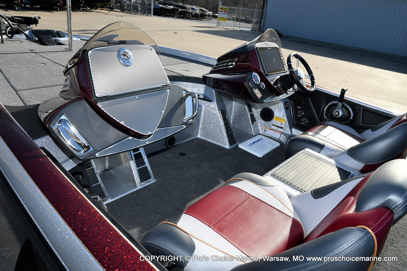 2021 Ranger Boats boat for sale, model of the boat is Z521C Ranger Cup Equipped DUAL CONSOLE & Image # 39 of 50