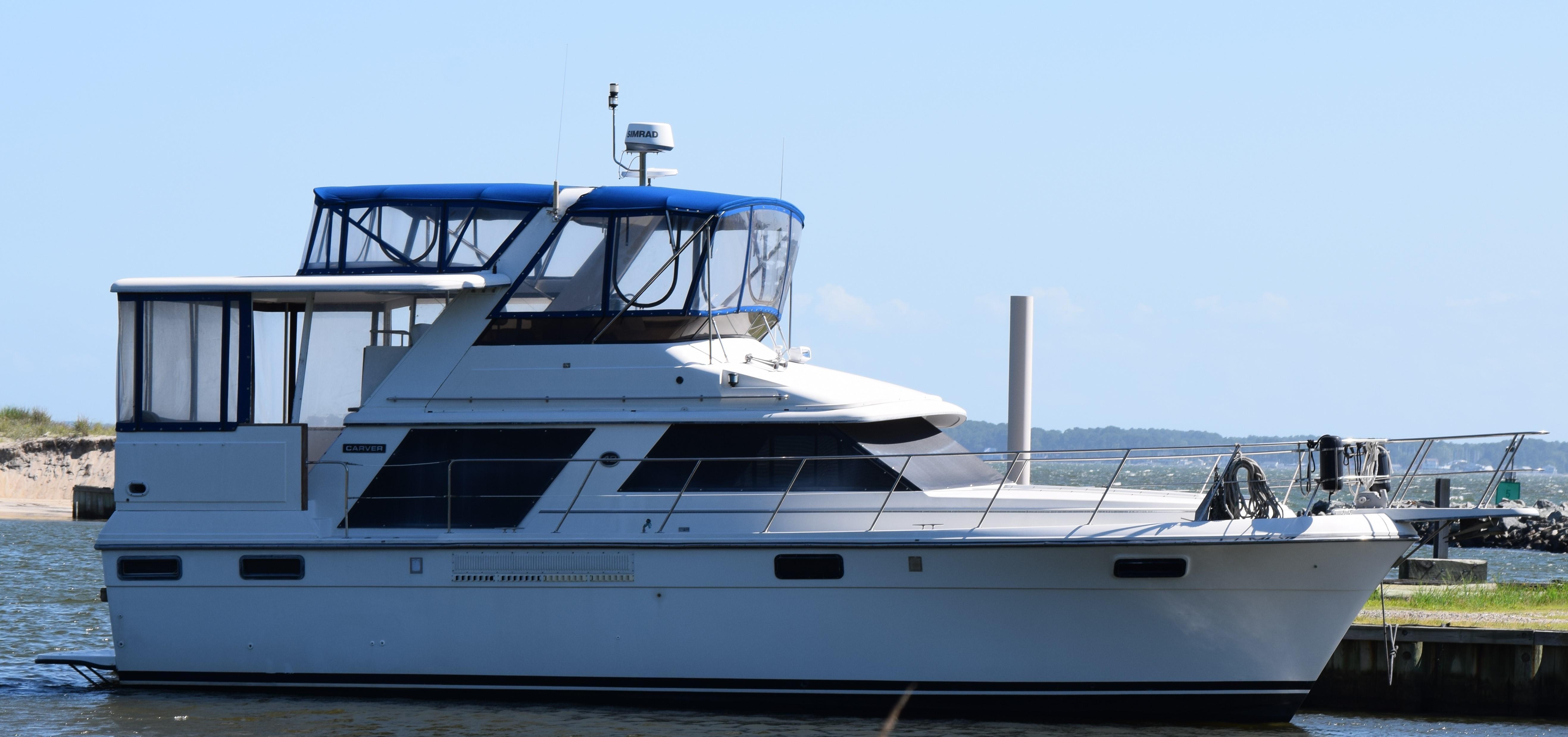 V 6344 RZ Knot 10 Yacht Sales