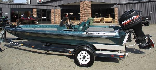 1995 Ranger Boats boat for sale, model of the boat is 354V & Image # 1 of 10