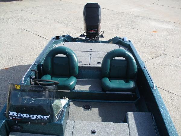 1995 Ranger Boats boat for sale, model of the boat is 354V & Image # 5 of 10