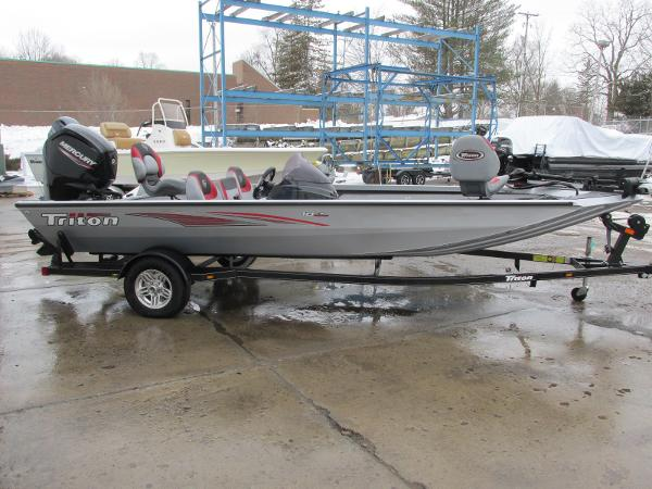 2019 Triton boat for sale, model of the boat is 18 TX & Image # 2 of 27