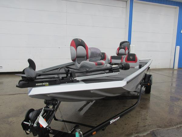 2019 Triton boat for sale, model of the boat is 18 TX & Image # 3 of 27