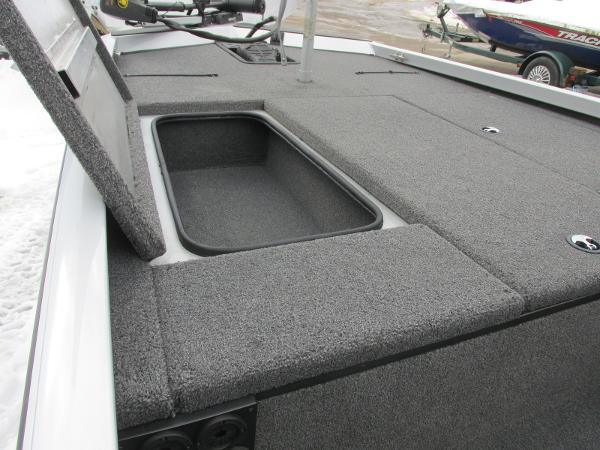 2019 Triton boat for sale, model of the boat is 18 TX & Image # 9 of 27