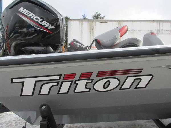 2019 Triton boat for sale, model of the boat is 18 TX & Image # 26 of 27