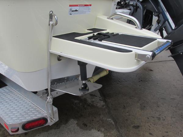 2021 Ranger Boats boat for sale, model of the boat is 2260 & Image # 9 of 31