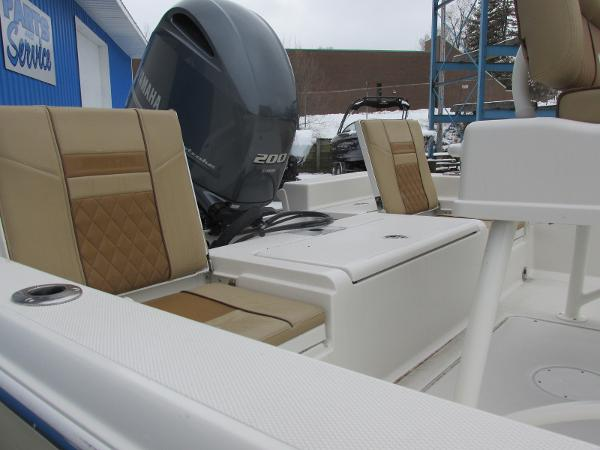 2021 Ranger Boats boat for sale, model of the boat is 2260 & Image # 12 of 31