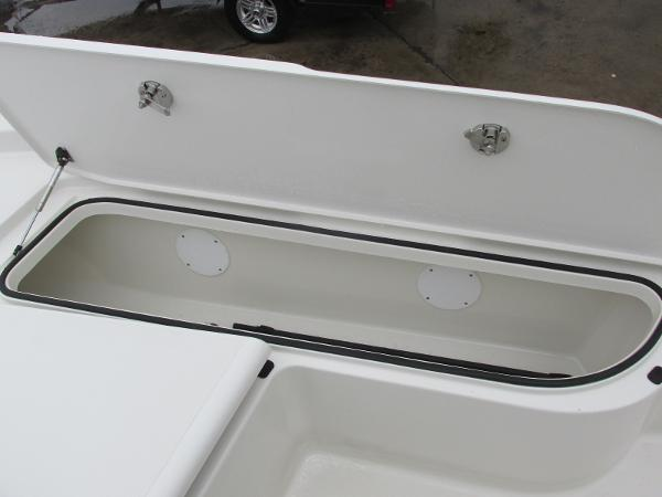 2021 Ranger Boats boat for sale, model of the boat is 2260 & Image # 28 of 31